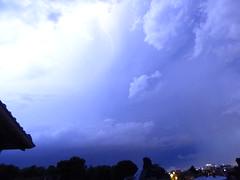 Deuxime gros orage passant  l'Ouest de Paris - 9 juin 2014 - Meudon - Hauts-de-Seine - Ile-de-France - France (vanaspati1) Tags: sky france night vent juin wind 9 du ciel thunderstorm lightning nuages paysage nuit iledefrance thunder orage 2014 meudon clair hautsdeseine foudre clairs vanaspati1