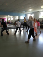 """zomerspelen 2013 hiphop clinic • <a style=""""font-size:0.8em;"""" href=""""http://www.flickr.com/photos/125345099@N08/14407220565/"""" target=""""_blank"""">View on Flickr</a>"""