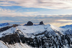 die Alpen (welenna) Tags: alpen alps abend evening switzerland snow schnee schwitzerland sky swiss berge blue mountains mountain himmel clouds cloud rochersdenaye view landscape light relief