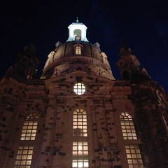 Frauenkirche (WrldVoyagr) Tags: instagramapp square squareformat iphoneography uploaded:by=instagram dresden germany deutschland instagram smartphone huawei p8lite frauenkirche church night
