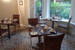 e ferndene dining room (Simon -n- Kathy) Tags: keswick england lakedistrict lakelands hike rain walk castlerigg