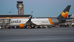 PA190106 TRUDEAU (hex1952) Tags: yul trudeau germany condor thomascooke boeing b767