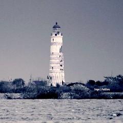 2016-10-29_03-54-58 (tpaddison1) Tags: lighthouse collingwood