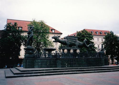 Klagenfurt, Sárkányos-kút