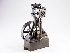 2016-11-13 19-29-29 (C).jpg (jcreasey65) Tags: steam steamengine castiron vintage engineering model stuart