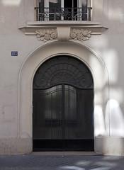 Paris: Art Deco for the working class (I) (*skiagraphia) Tags: paris france 18earrondissement quartierdesgrandescarrières ruechampionnet architecture interwararchitecture 20thcentury 1920s artdeco 1929 mmontadon durand fmouly