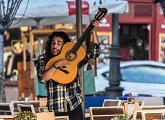 Street rumba / Rumba callejera (galayos) Tags: guitarra guitar guitarrista guitarplayer bestphotoedition musica music streetmusic people gente rumba