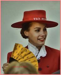 Jerezana.Sherry woman (ironde) Tags: sherry jerez cádiz cadix andalucía andalousie spain españa 2016 ironde nikond7000 sombreo hat rojo red abanico mujer woman jerezana sherrywoman bodega