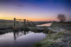 Dawn on the moor (OutdoorMonkey) Tags: kingssedgemoor somerset slm somersetlevels drain rhyne water river gate gateway dawn morning sunrise predawn