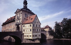 Bamberg Rathaus in 1986 (Guildfordian) Tags: summer bamberg townhall rathaus westgermany riverregnitz