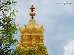 Holy Tower.. (Sugan Raj) Tags: india tower photography nikon inner hills shutters sugan mysore chamundi gopuram clickster p510