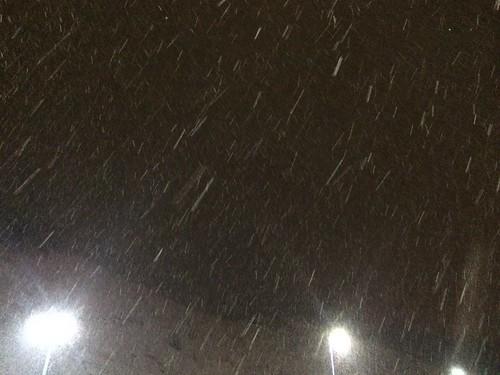 Bus + Schnee = Vorfreude auf die Wintersaison