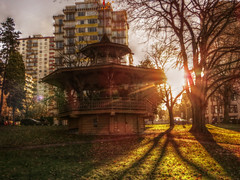West End Sun (Mark Faviell Photos) Tags: park winter west vancouver sunrise end