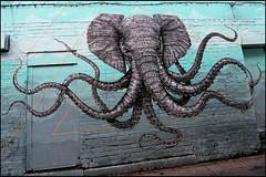 """""""Elépoulpe"""" / """" Octophant"""" par Alexis Diaz (Chrixcel) Tags: london painting tag peinture shoreditch londres octopus graff chimère monstre éléphant pieuvre graffitistreetart cryptozoologie alexisdiaz"""