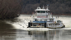 January on the Cumberland (VFR Photography) Tags: winter light reflection water reflections river boats grey boat wake tn tennessee ripple rivers ripples inland somber clarksville waterway muted waterways cumberlandriver towboat towboats montgomerycounty volunteerstate greenvillems upbound built1974 ingrambargecompany 4300hp eveyt mississippimarinetowboatcorporation mveveyt mile125 0558474 gm12645e7diesels