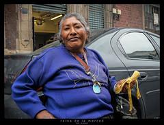 reina de la merced (a) (<rs> snaps) Tags: woman mexico sweater mexicocity keyring key mother banana confidence lamerced urbanarte blinkagain reneschlegel notphotoshoppedbutlightroomed grayhar