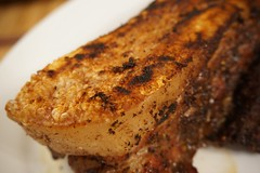 紅 袍 賀 新 歲 (LaTur) Tags: crispy pork dcist foodie torresmo chicharon bbqpork chicharrón 燒肉 脆皮 начинизавиждане 脆皮燒肉 紅袍賀新歲
