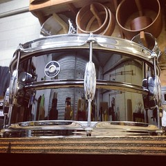 Trying something a little different... Streamline lugs on a black chrome over brass 6.5X14. What do you think?  #qdrumco #streamline #blackishbeauty #lovemymill