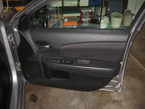 most interesting photos from chrysler diy repair 2013 chrysler 200 sedan take off plastic interior door panel to upgrade oem speaker