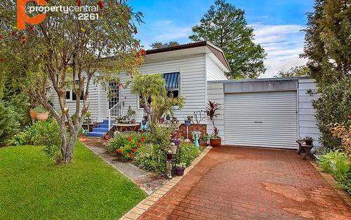 31 Dampier Boulevard, Killarney Vale NSW 2261