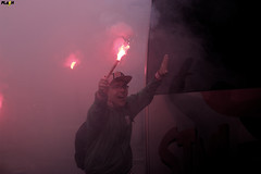 Recepo ao Onibus da Briosa (FlashNaArquibancada) Tags: festa torcida arquibancada ultras pyro pirotecnia livre ar ao santista portuguesa futebol