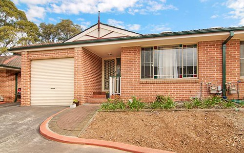 11/6 Binalong Road, Pendle Hill NSW 2145