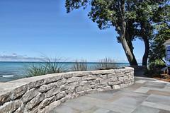 Fond du Lac Wall Stone (Buechel Stone) Tags: naturalstone buildingstone stoneveneer thinveneer fullveneer stone buechelstone stoneexterior outdoorliving retainingwalls retainingwall landscapingideas