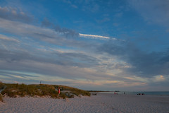 Evening on the Beach (Infomastern) Tags: skanr beach hav sea solnedgng strand sunset