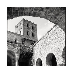 cloister  canigou, catalunya  2016 (lem's) Tags: cloister cloitre tower abbey church eglise abbaye tour canigou saint martin catalogne catalunya zenza bronica s2