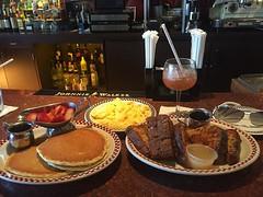#pancakes #frenchtoast #scambledeggs #bloodymary #pradasunglasses #lifeisgood #oneluckyguy #optimism #goodlucktoall #bronxguy #livingingreenwich (mikeyes2) Tags: november 27 2016 0115pm pancakes frenchtoast scambledeggs bloodymary pradasunglasses lifeisgood oneluckyguy optimism goodlucktoall bronxguy livingingreenwich