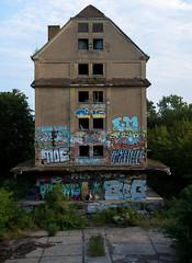 _DSC1284 (Under Color) Tags: leipzig graffiti lost places urban exploring leipsch walls