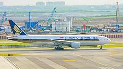 Singapore Airlines : 9V-SRL Boeing 777-200(ER) (Kan Rattaphol) Tags: singaporeairlines sq boeing b777 b777200 9vsrl bkk vtbs suvarnabhumiinternationalairport suvarnabhumiairport airplane aircraft airliner
