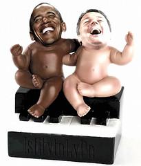 Ebony & Ivory (@LuPe) Tags: renzi obama putin ebonyandivory paulmccartney endorsment electionday trump
