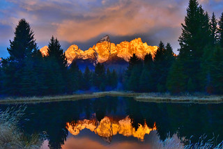 Early sunrise on the Tetons