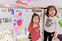 20161127-TAIMALL (violin6918) Tags: sony nex nex6 sonynex6 violin6918 taiwan taoyuan sigma sigma19mmf28dn taimall  cute lovely baby girl family portrait kid daughter littlebaby angel children child pretty princess shiuan vina