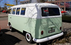 "VA-17-27 Volkswagen Transporter kombi 1965 • <a style=""font-size:0.8em;"" href=""http://www.flickr.com/photos/33170035@N02/31321649745/"" target=""_blank"">View on Flickr</a>"
