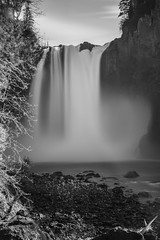 Snoqualmie Falls BW (b#Photo) Tags: snoqualmiefalls snoqualmie waterfall bw monochrome longexposure washington pnw pacificnorthwest