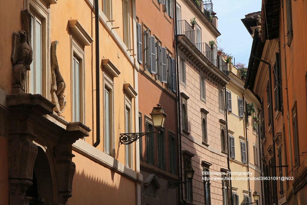 Rome, Houses Near Piazza Navona (blauepics) Tags: Italien Italy Italia Rom  Rome