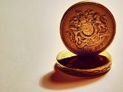 One Pound Coin (David_F_Blair) Tags: nikon nikoncoolpix nikoncoolpixl840 coolpix l840 money coins coin pound onepound currency glasgow scotland macro closeup closeups uk unitedkingdom britain