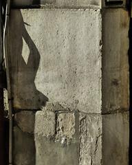 (MAGGY L) Tags: mur ombre soleil shadow pierre stone dmcfz200