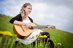 Soffa Sley rnadttir (SteinaMatt) Tags: summer portrait playing nature matt iceland nikon guitar mm 18 50 sland portrett sb800 steinunn gtar steina d7000 matthasdttir soffasleyrnadttir