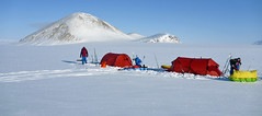 NP2P-243 (icetrekker) Tags: expedition arctic northpole ellesmereisland icetrek ericphilips wardhuntisland poletopolerun northpoletocanada
