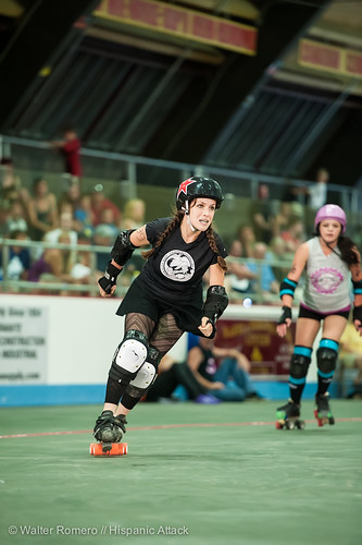 Bay_State_Brawlers_vs_Petticoat_Punishers_290_20130727