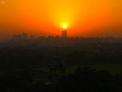1IMG_3555 SUNRISE TIME - SUN ON TOP OF A BUILDING IN NOIDA INDIA (Rajeev India (THANKS for views, comments n faves)) Tags: sun noida india building sunrise time top on in a of
