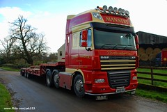 (Zak355) Tags: truck scotland farming lorry combine damaged tractors scrap harvester johndeere rothesay isleofbute mannerstransport