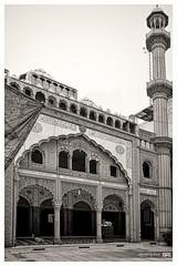 the_truth (alamond) Tags: blackandwhite bw architecture canon naked truth minaret delhi muslim courtyard mosque 7d usm ef 1740mm 1740 newdelhi f4l llens