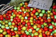 Porta Princessa - Market - Tomatoes (Leigh Whittaker) Tags: red asia southeastasia market philippines tomatoes palawan kilo leighwhittaker