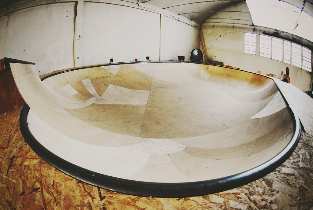 skate 3 how to stay in bowl