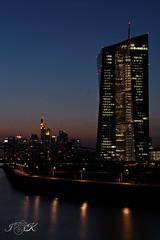 IMG_4426 (Alderbabbsack) Tags: frankfurt langzeitbelichtung skyline sonnenuntergang ezb