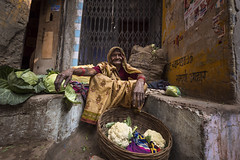 Untitled (Robinraj.M) Tags: cwc506 cwc chennaiweekendclickers chennai varanasi uttarpradesh up northindia peopleofindia india indian incredibleindia oldlady commonpeople rootsofindia roi icapture ngc nikond7100 nikond nikon nikon750 tokina wideangle robinraj robinrajm robinsclick robin robinsclicks robinclick robinclicks